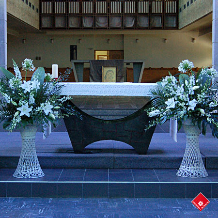 Décoration de l'église, mariage à Montréal · Le Pot de Fleurs