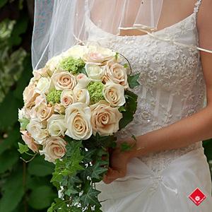 Bouquet De Mari 233 E Fleurs Pour Mariage Montr 233 Al 183 Le Pot De Fleurs
