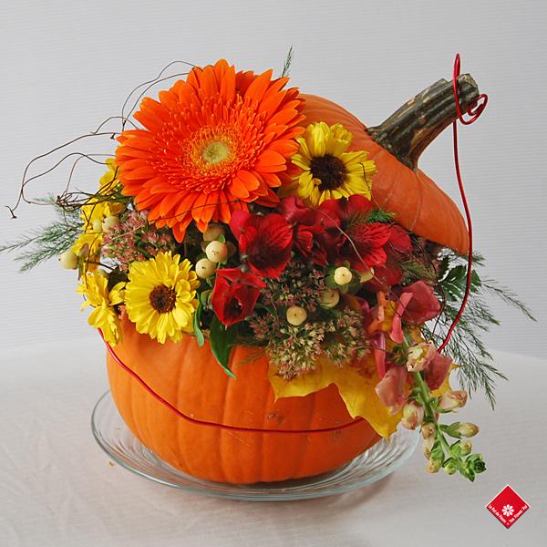 Halloween et octobre fleuriste montr al le pot de fleurs for Bouquet de fleurs halloween