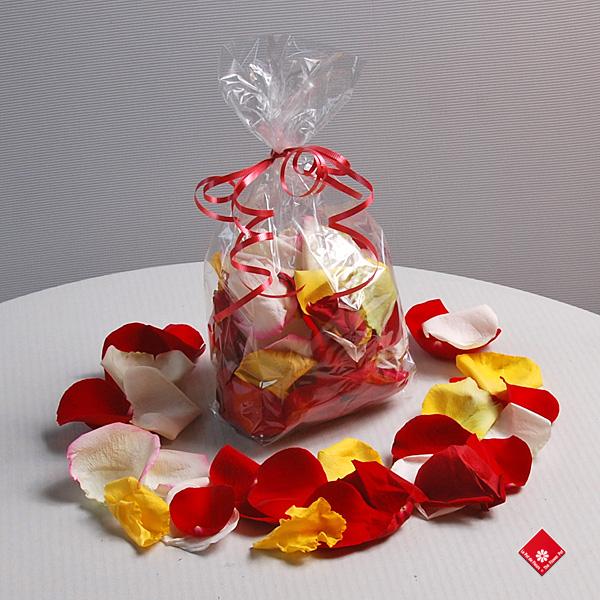 p tales de rose petales de roses fraiches bo te de petales fr 39 o 39 blog. Black Bedroom Furniture Sets. Home Design Ideas